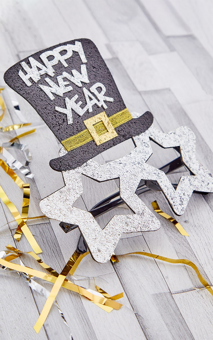 Silver HAPPY NEW YEAR Star Novelty Glasses 2