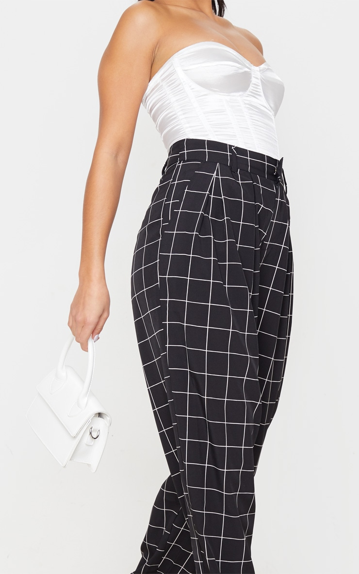 Petite Black Checked Woven High Waisted Balloon Leg Pants 5