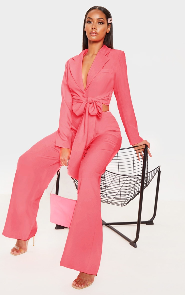 Coral Belted Cropped Woven Blazer    1