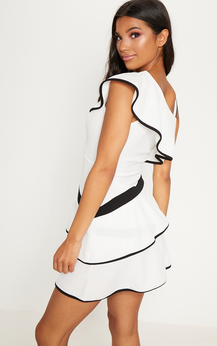 Monochrome Binding Detail One Shoulder Tiered Skater Dress 2