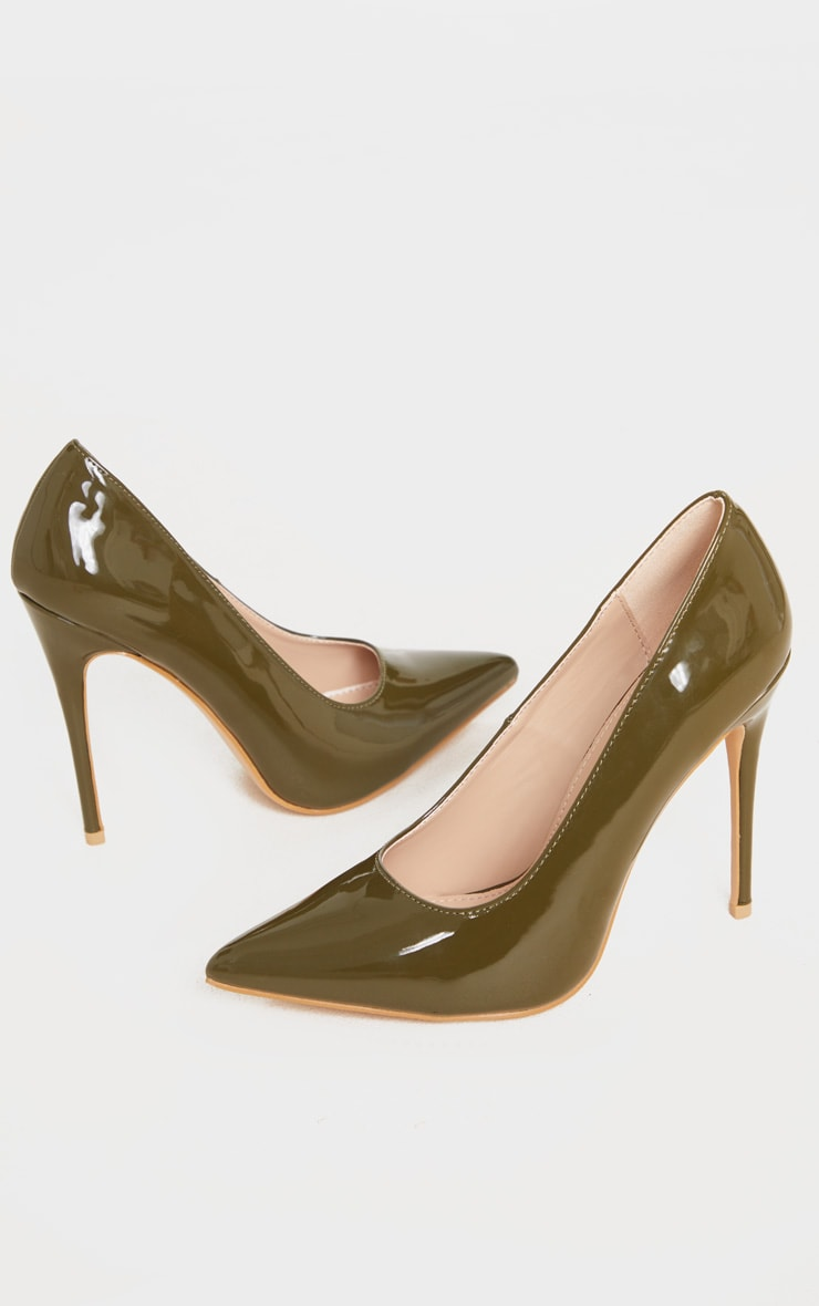 Khaki Court Shoe 3