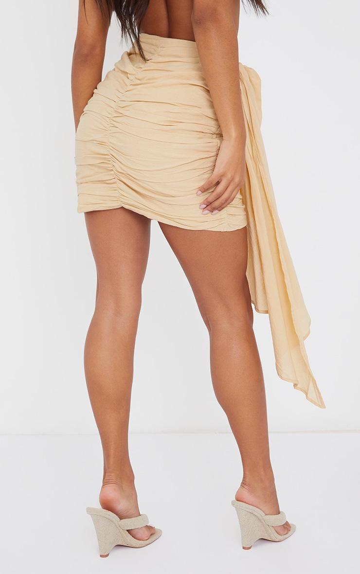 Mini-jupe beige froncée effet lin à devant drapé 3