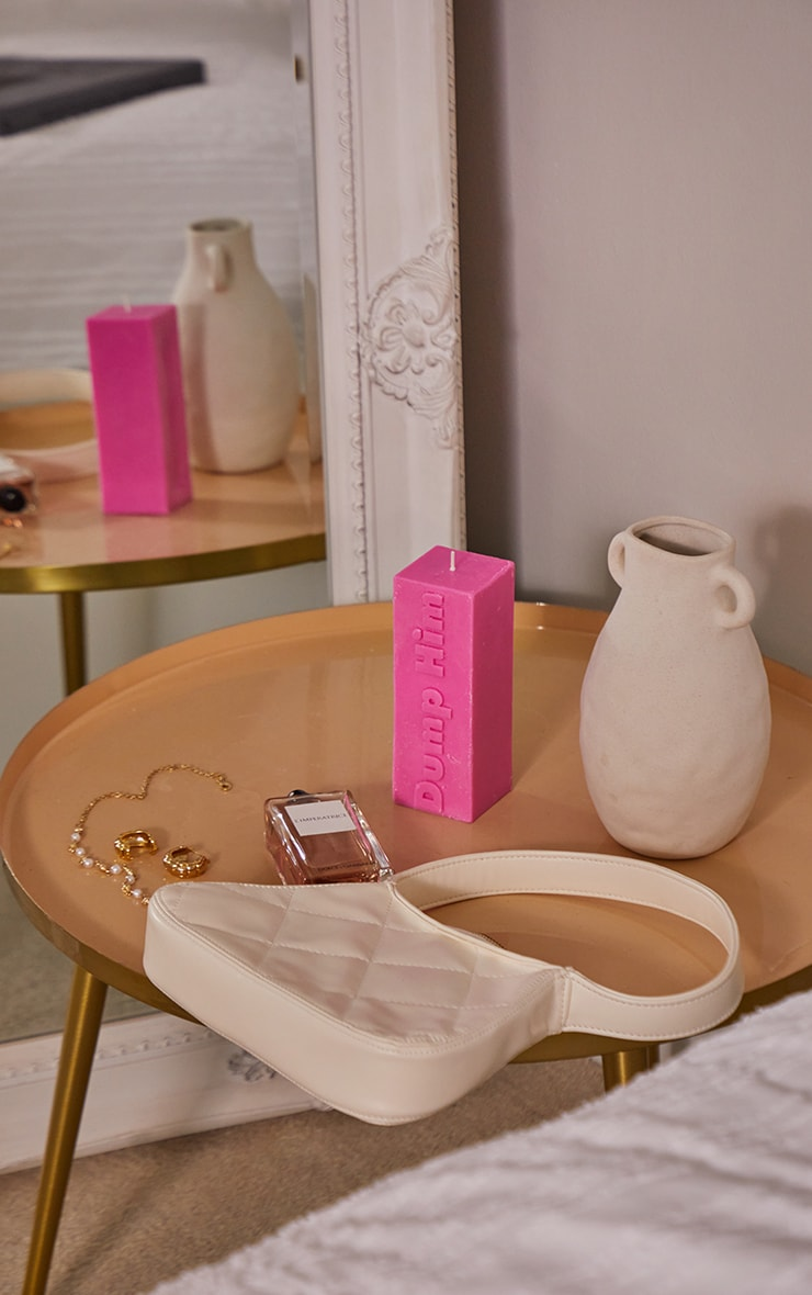 Hot Pink Dump Him Graphic Candle 3