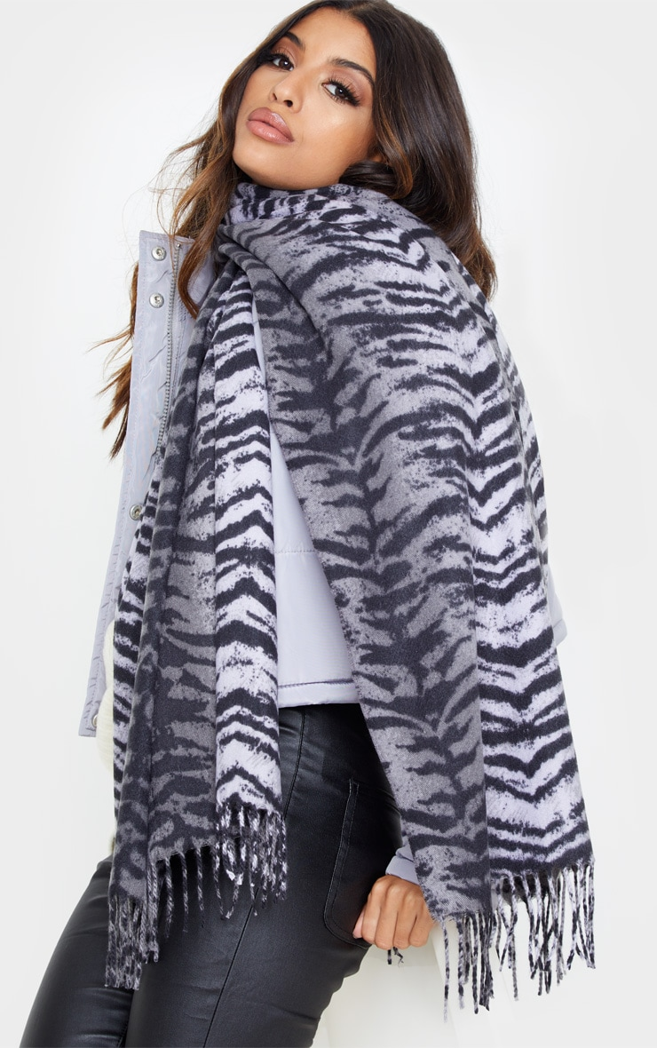 Black Mono Tiger Stripe Soft Woven Scarf by Prettylittlething