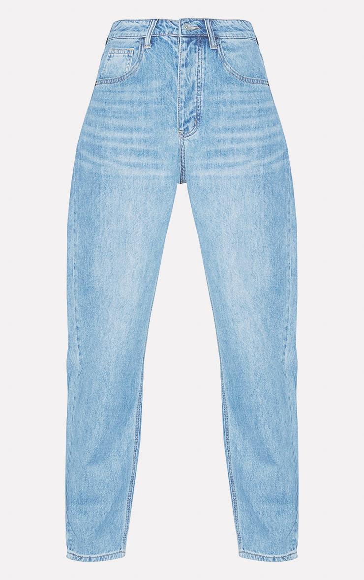 PRETTYLITTLETHING Light Wash Boyfriend Jeans 4