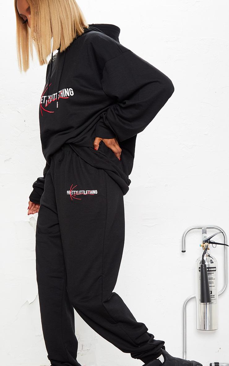 KARL KANI Black PRETTYLITTLETHING Joggers 6