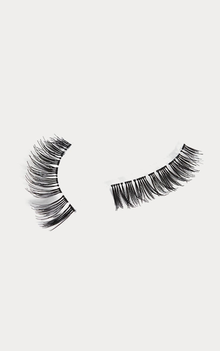Land of Lashes Invisible Band Eyelashes LL06 2