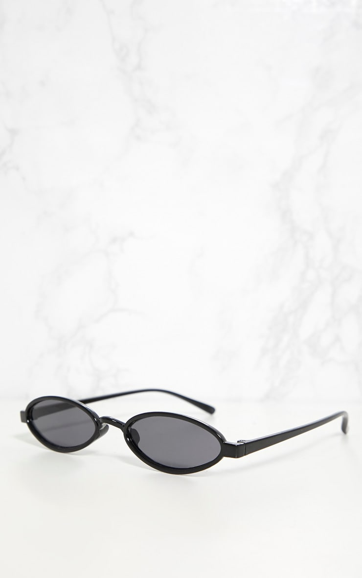 Black Small Oval Sunglasses 3