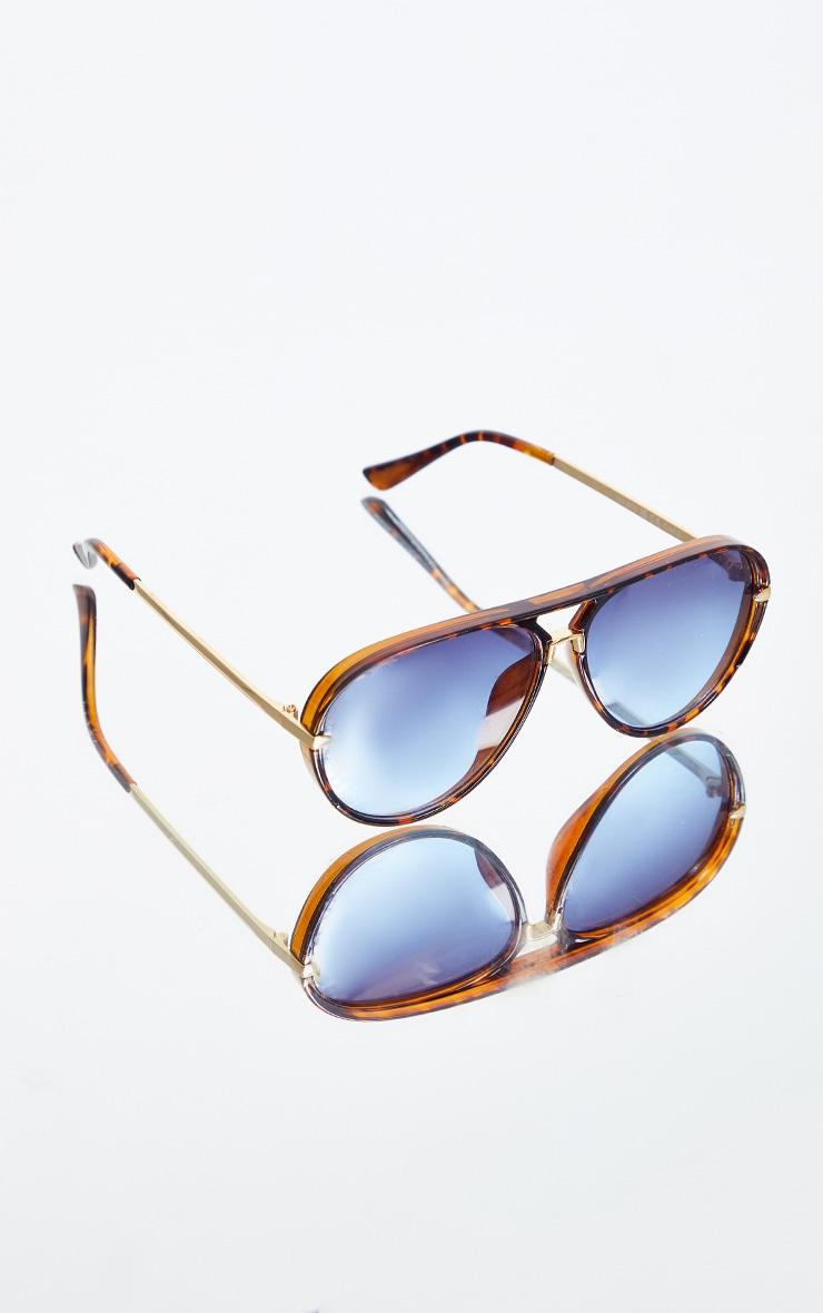 Tortoise Frame With Blue Lens Aviator Sunglasses 2