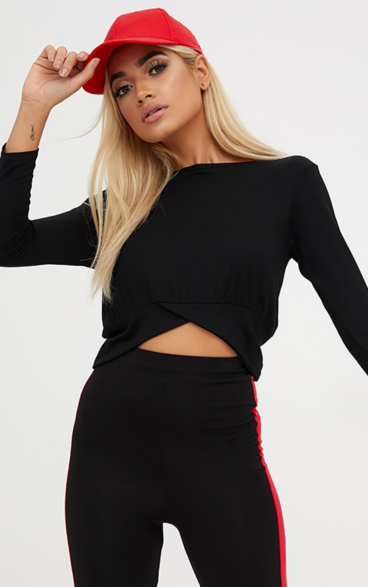 Basic Black 3/4 Sleeve Crop Top
