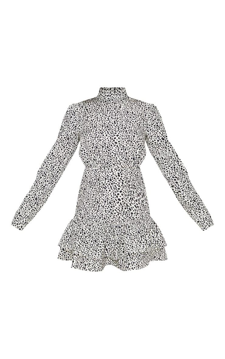 Robe droite gris pierre imprimé dalmatien à col montant et ourlets volantés 3