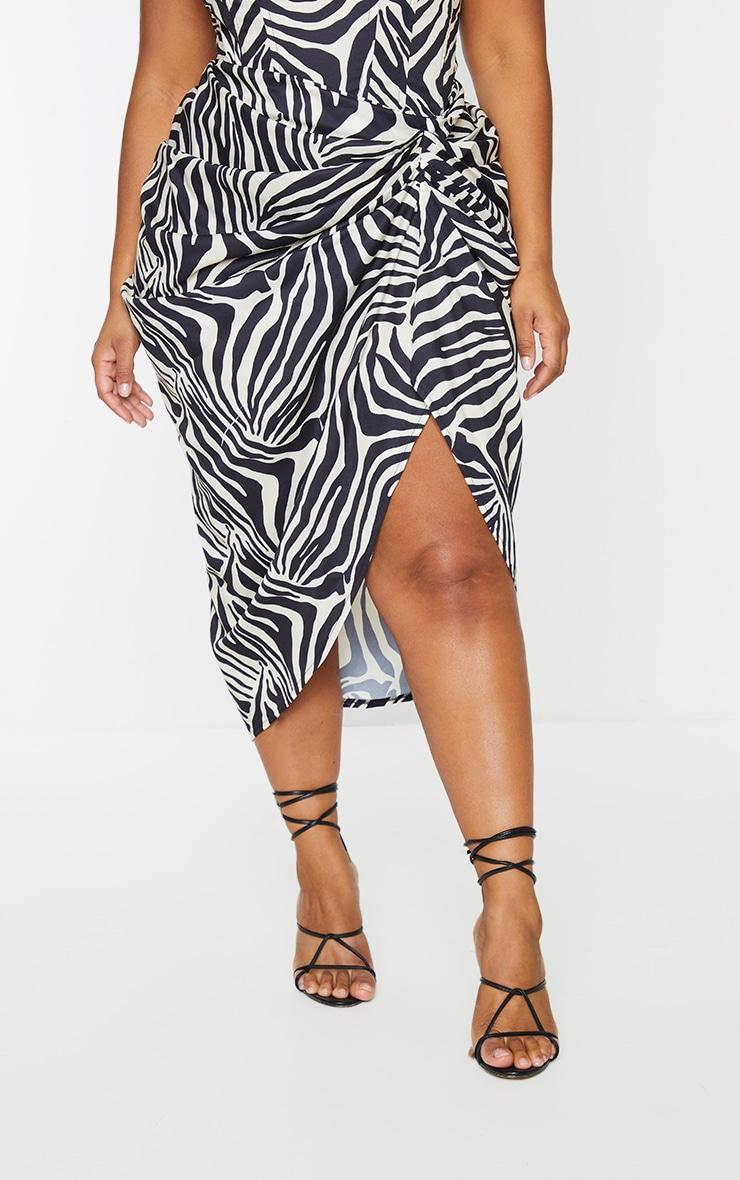 Plus Monochrome Zebra Print Ruched Side Midi Skirt 2
