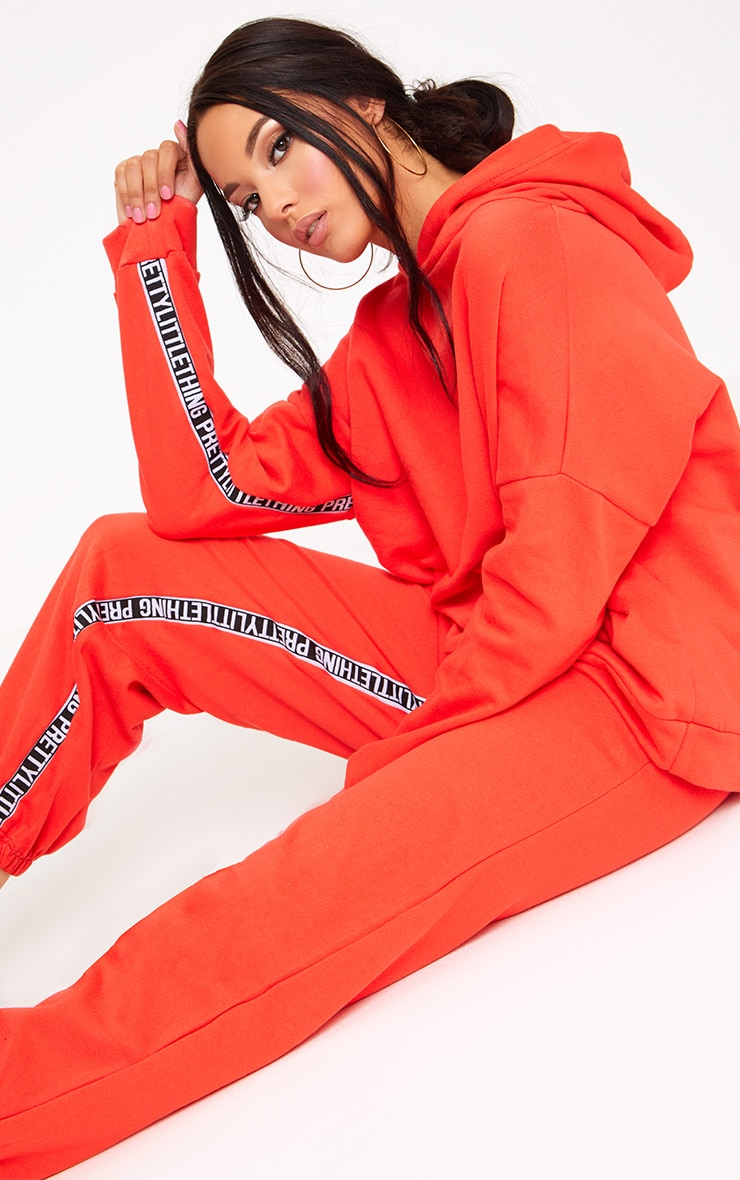 PRETTYLITTLETHING Red Branded Oversized Hoodie 1