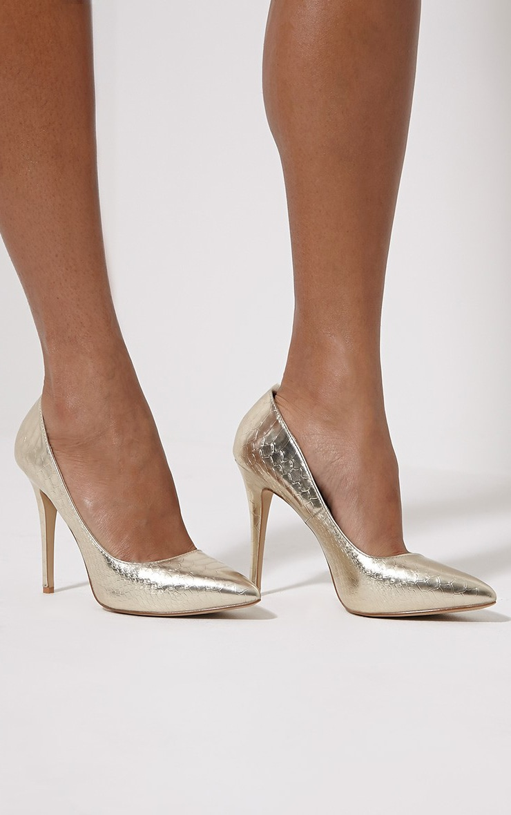 Lori Gold Metallic Snake Skin Pointed Court Heels 1