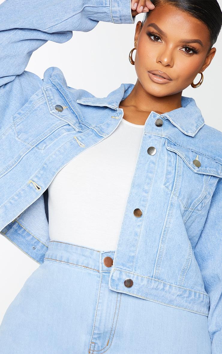 PRETTYLITTLETHING Plus Light Blue Wash Cropped Denim Jacket 4