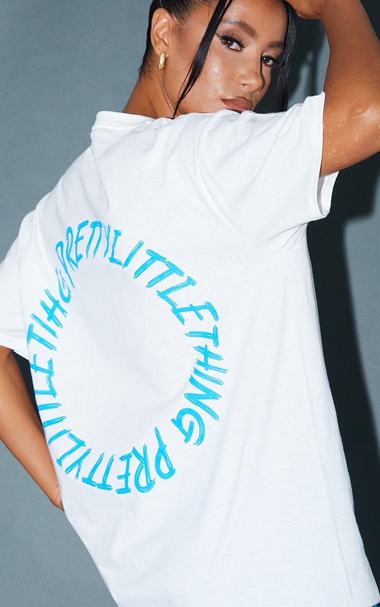 PRETTYLITTLETHING White Circle Back Printed T Shirt 4