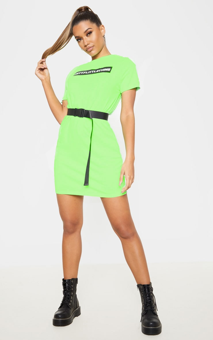 PRETTYLITTLETHING Neon Green Block Slogan Oversized T Shirt Dress 1