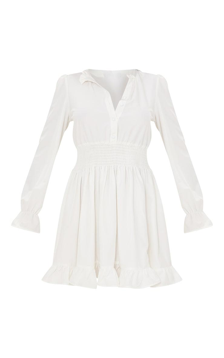 Robe chemise blanche resserrée à la taille 5