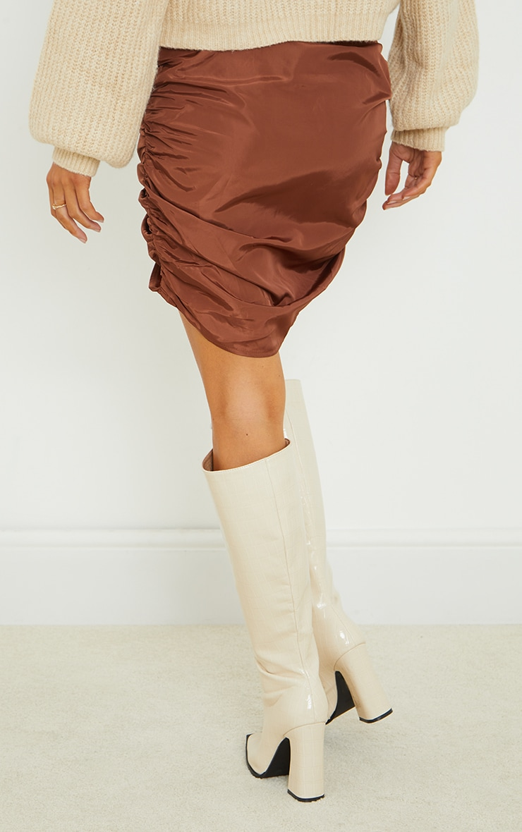 Chocolate Shell Toggle Ruched Front Mini Skirt 3