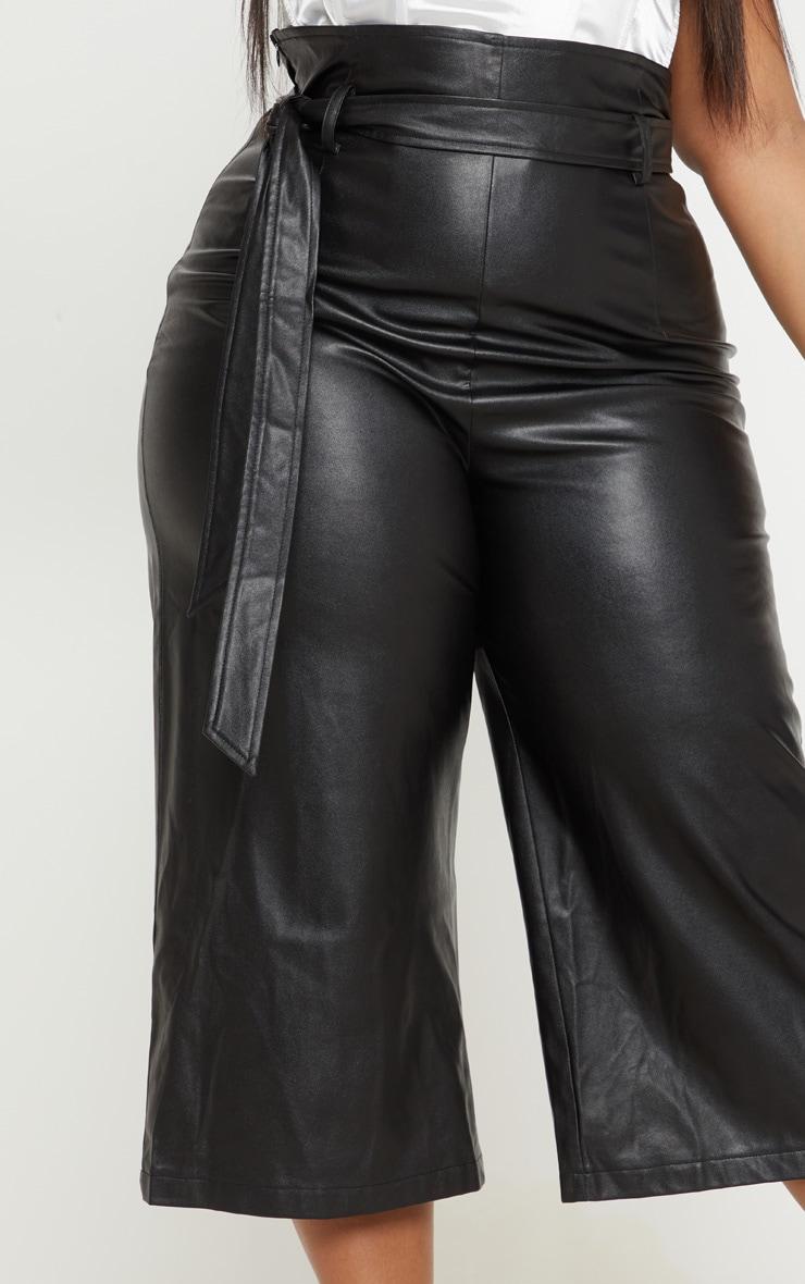 Plus Black Faux Leather Belt Detail Culotte  5