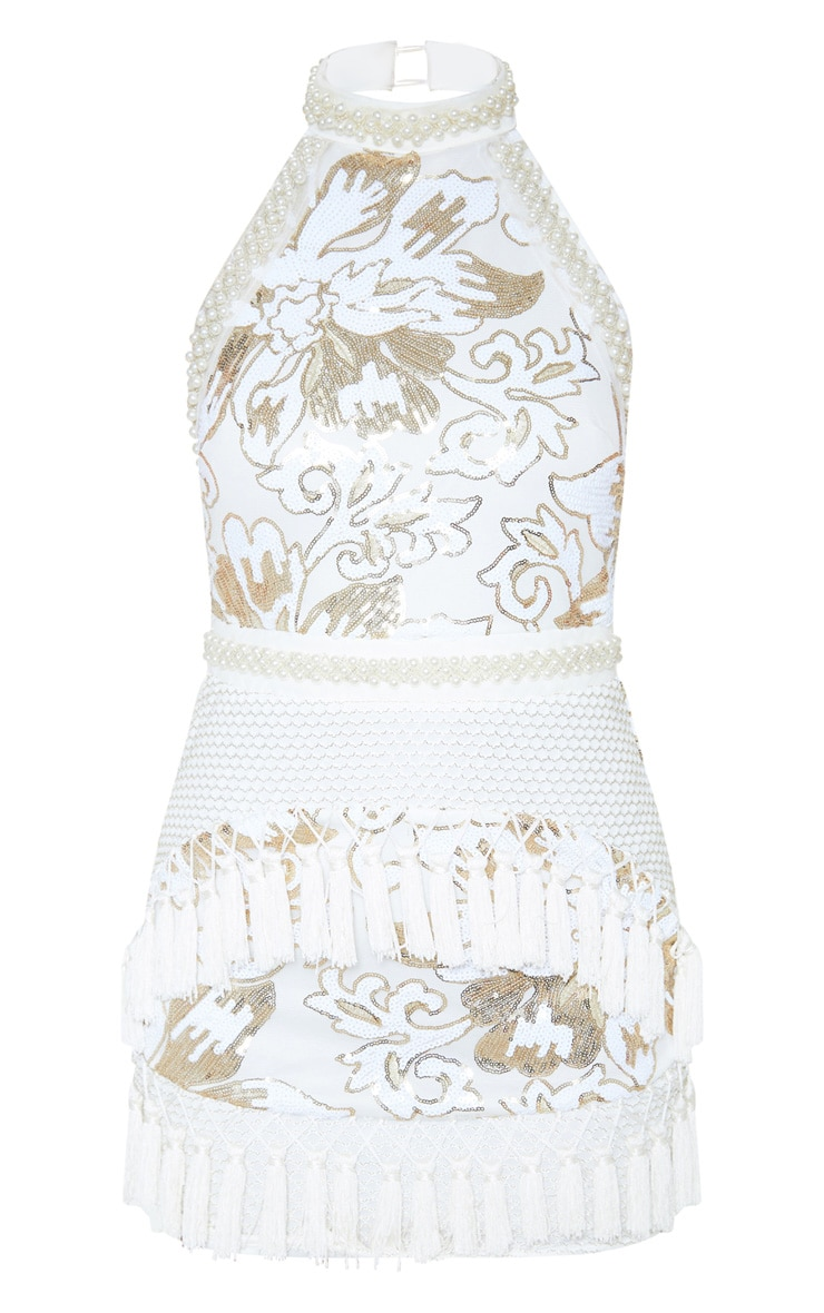 Charlyia Premium robe moulante blanche à dos nu ornée de sequins et de pampilles 3