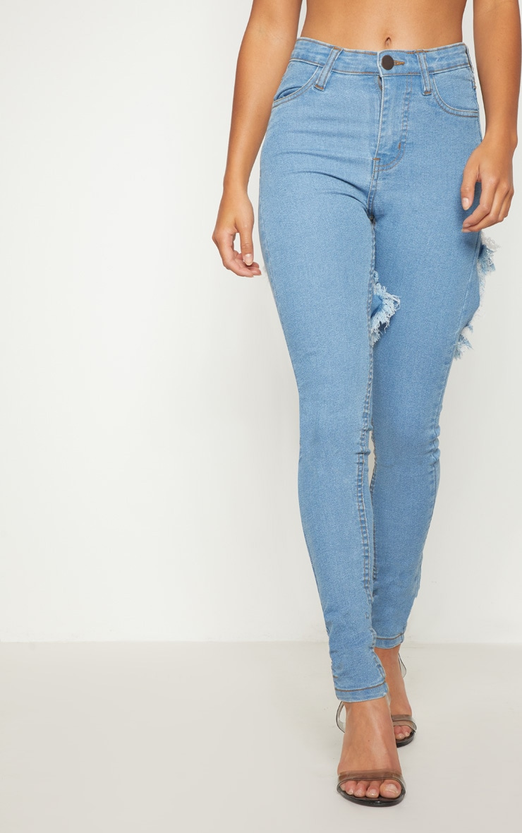 Petite Light Wash Bum Rip Detail Skinny Jeans 2