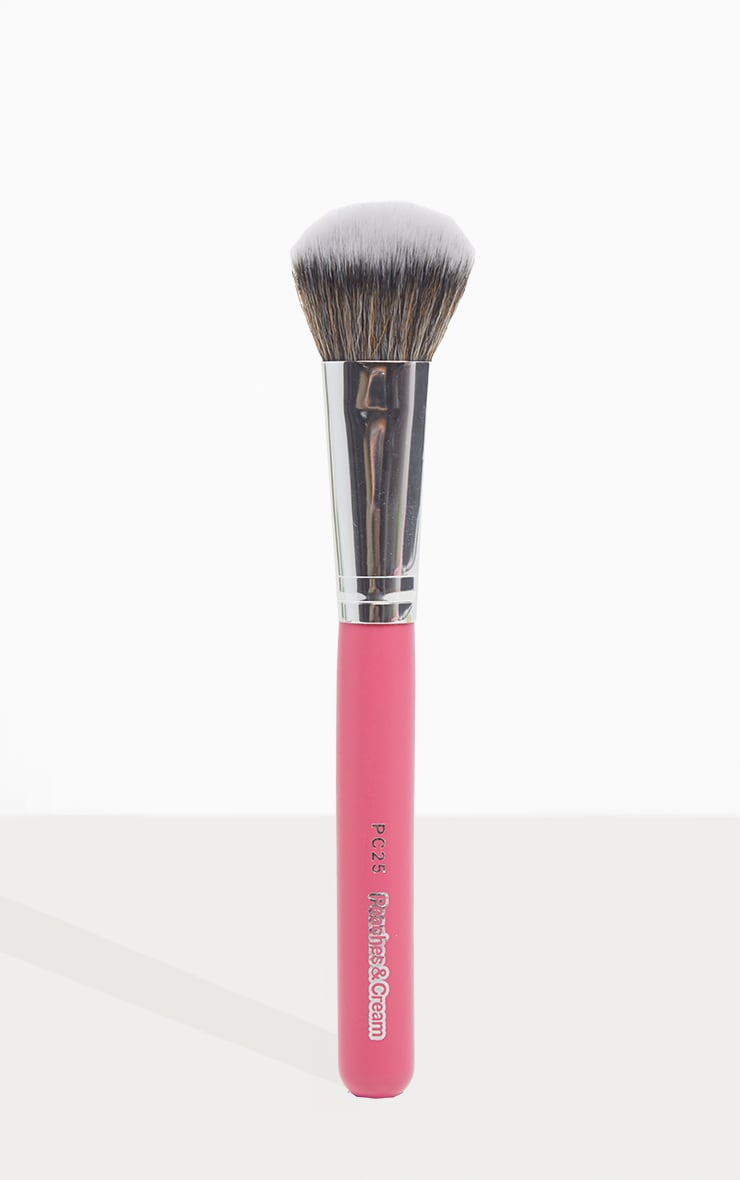 Peaches & Cream PC25 Flat Face Brush 1