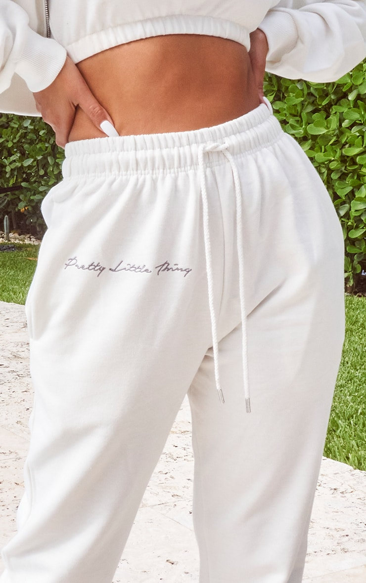 PRETTYLITTLETHING Cream Embroidered Oversized Joggers 4