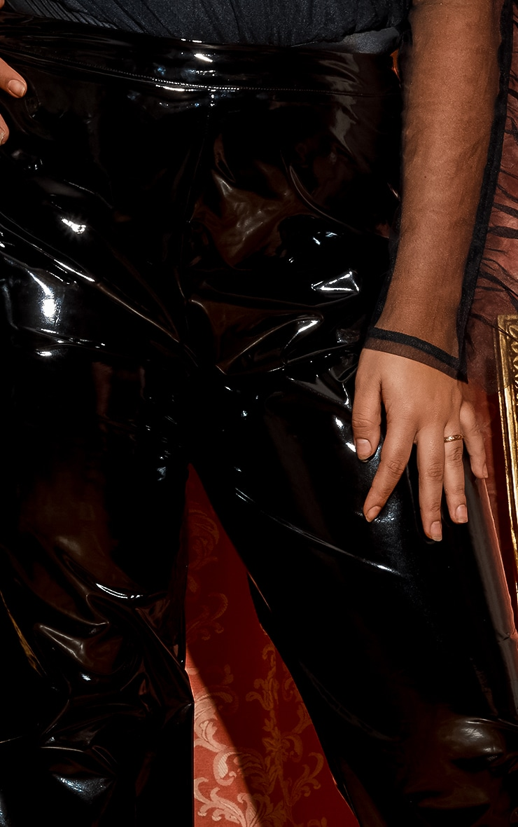 PLT Plus - Pantalon en vinyle noir à lacets 6