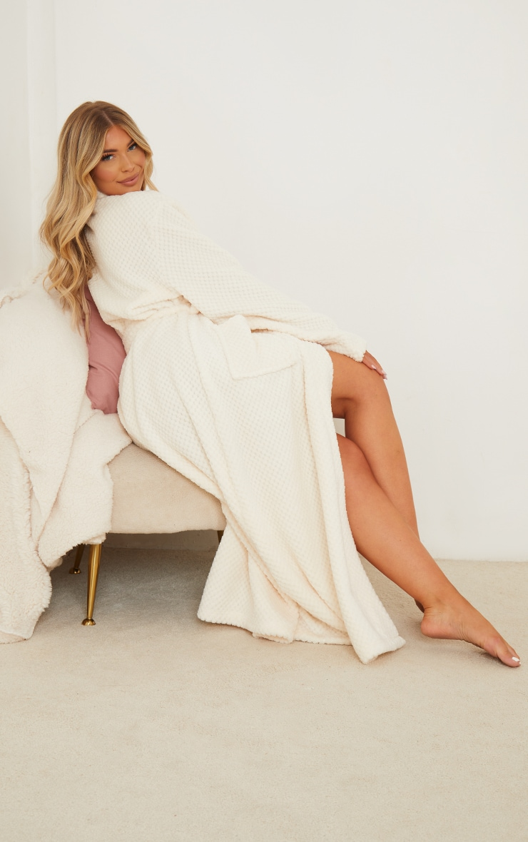 Cream Textured Fluffy Longline Dressing Gown 2