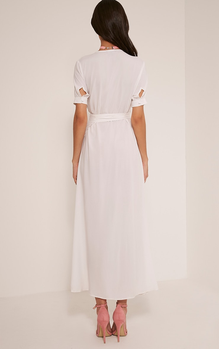 Renesmee robe chemise maxi blanche cache-cœur 3