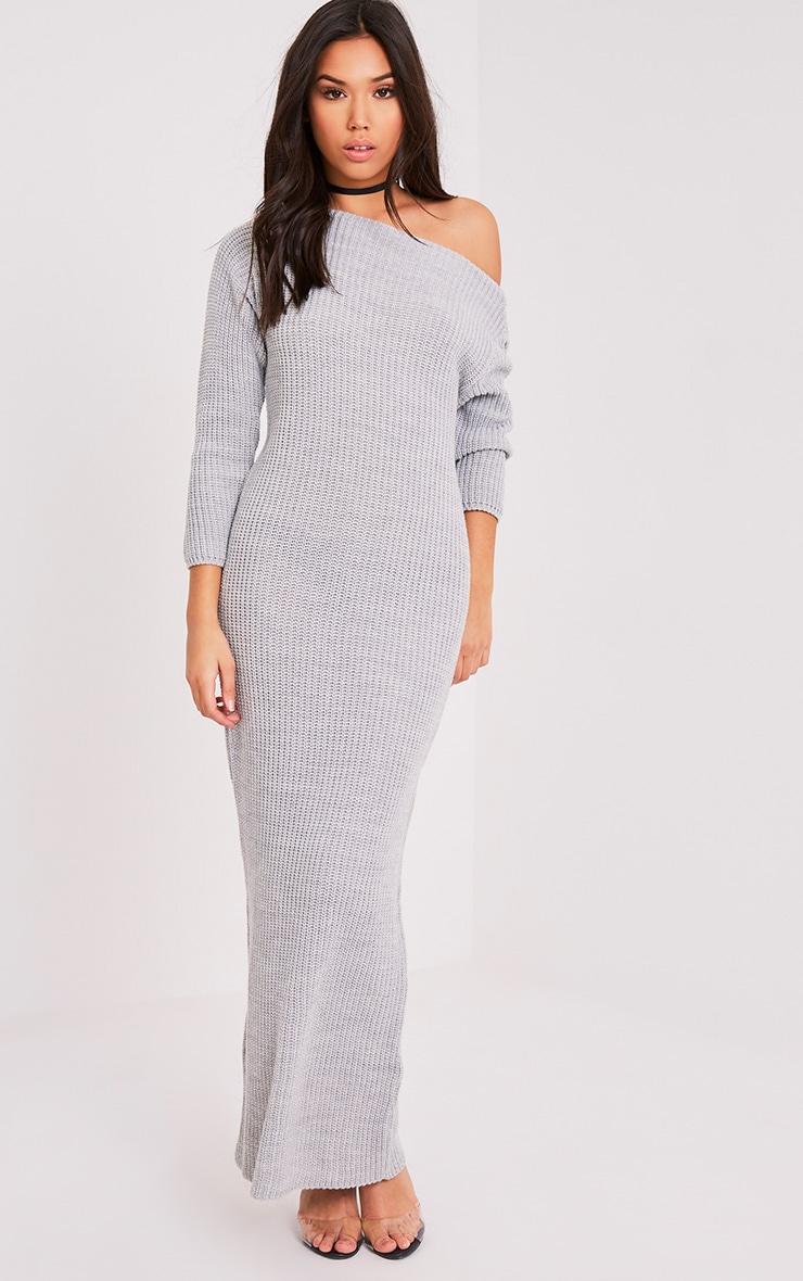 Adalynn robe pull surdimensionnée grise épaules dénudées 1