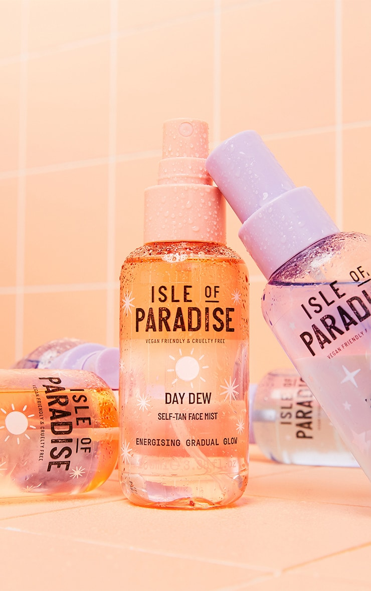 Isle of Paradise Day Dew Self-Tan Face Mist 1