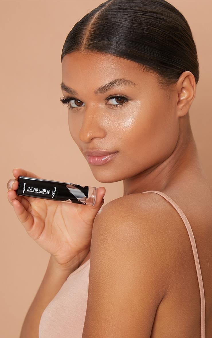 L'Oréal Paris Infallible Shaping Stick Foundation 120 Vanilla Rose 3