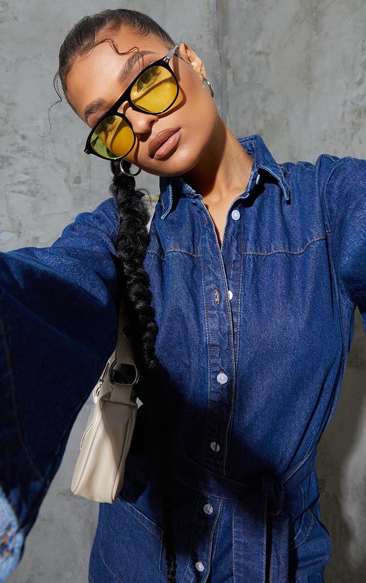 Robe en jean bleu moyennement délavée à manches cloches 4
