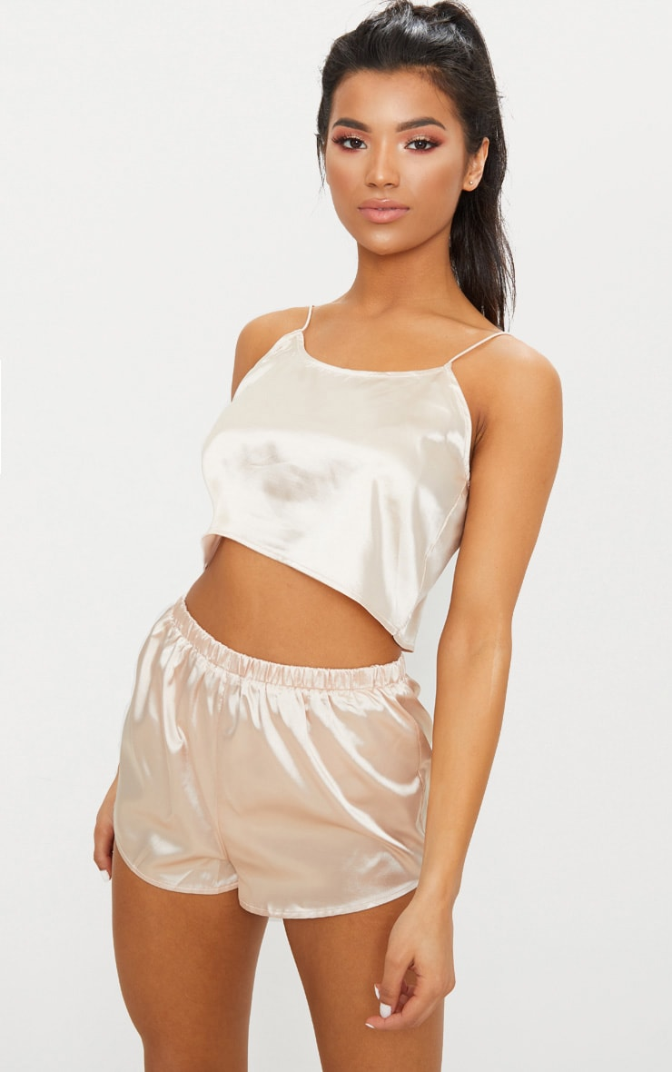 Ensemble de pyjama short satiné champagne 1