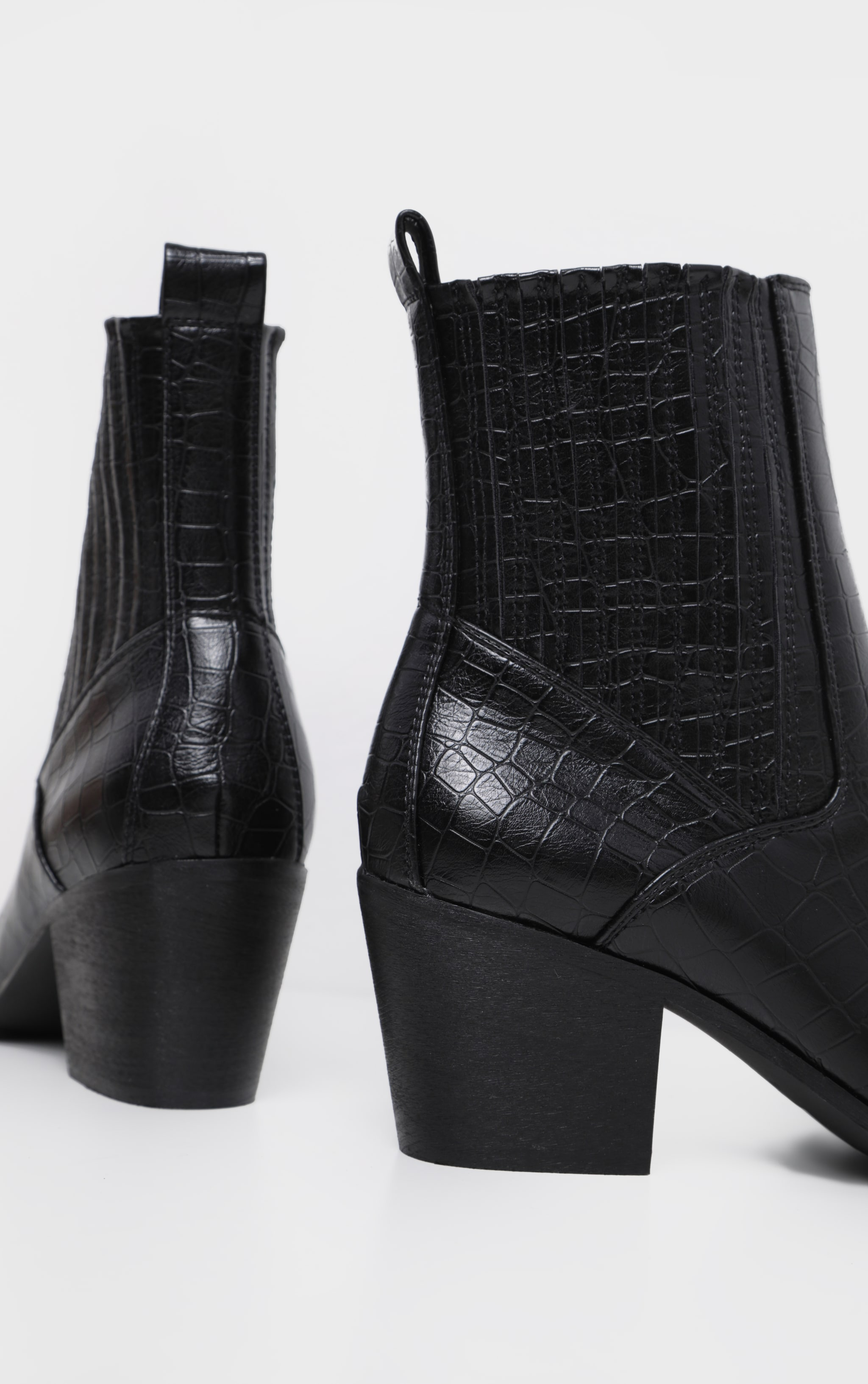 Black Chelsea Western Ankle Boot 3