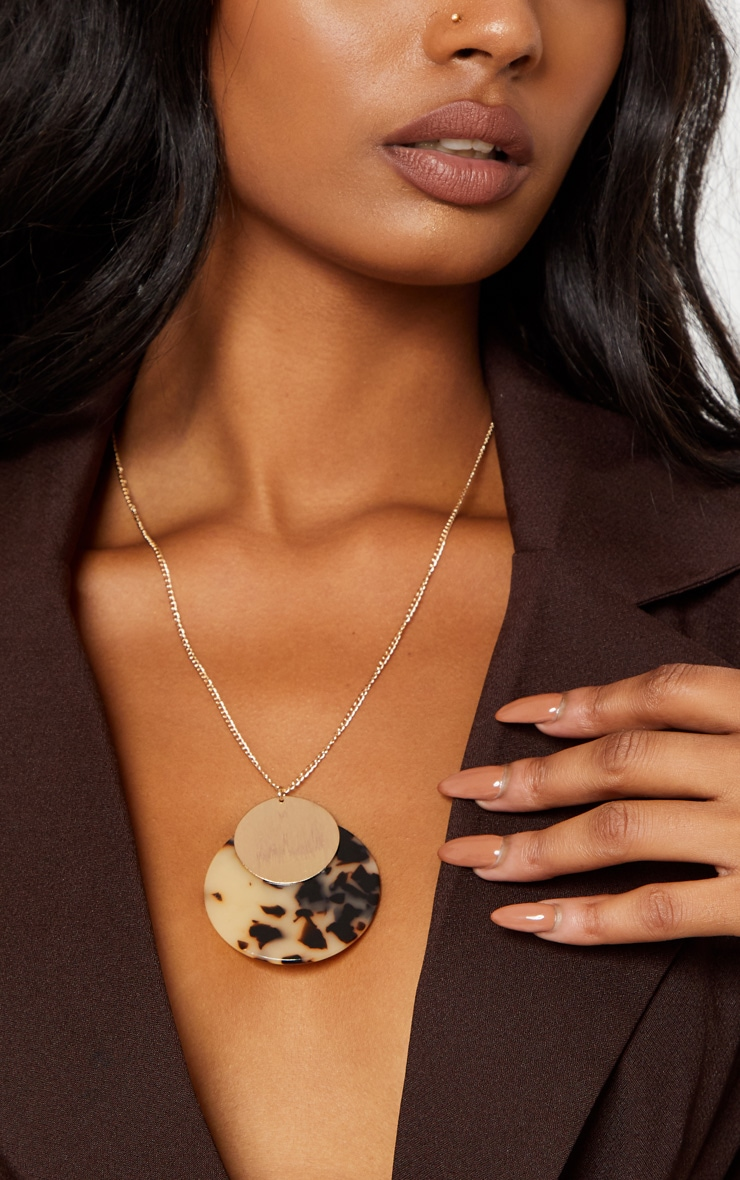 Brown Tortoiseshell Resin and Gold Disc Necklace 1