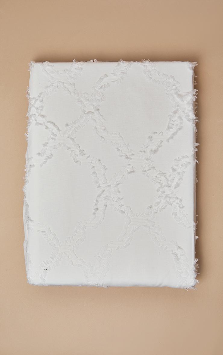 Premium White Diamond Tuft King Duvet Set 3