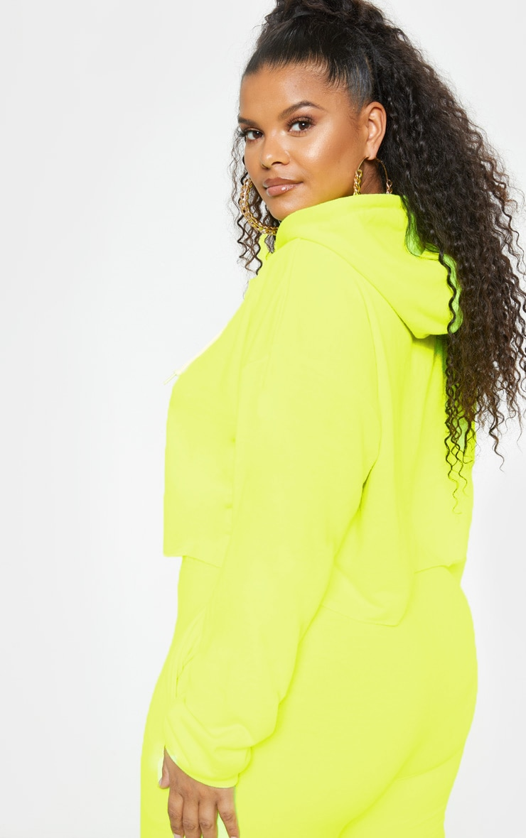PRETTYLITTLETHING Plus Neon Lime Embroidered Crop Hoodie 3