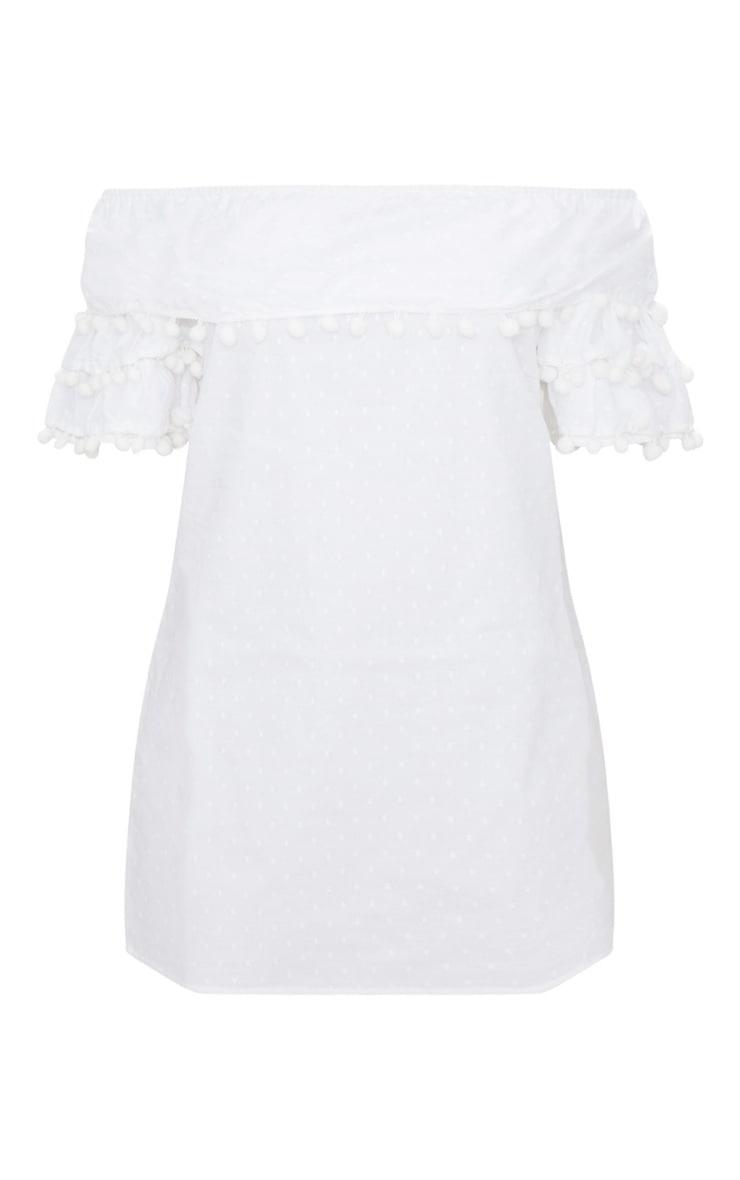 Robe droite blanche à encolure bardot à pompons 3