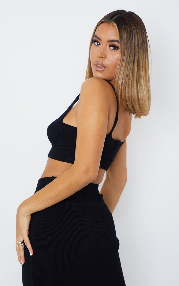 Black Bust Detail Ribbed Knitted Cropped Top 2
