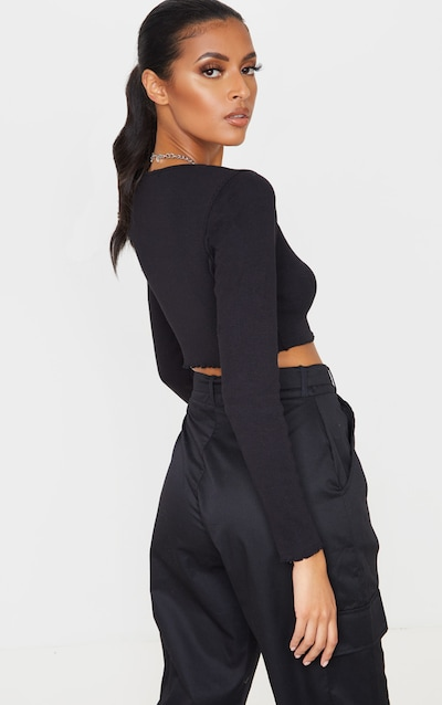 Black Frill Edge Crop Knitted Top