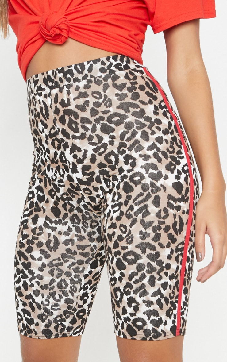 c3366573fa91 Leopard Print Contrast Side Cycle Short   PrettyLittleThing USA