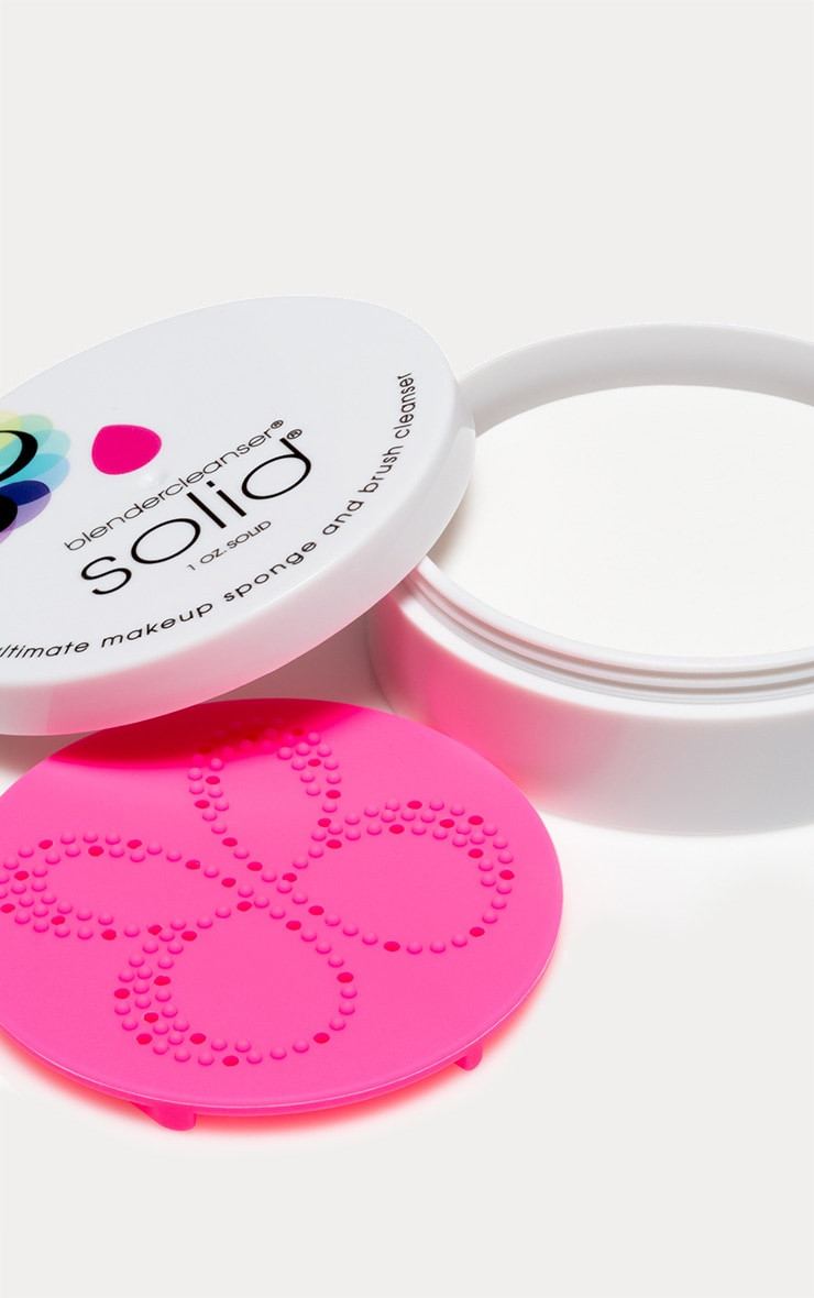 beautyblender Solid Cleanser 3