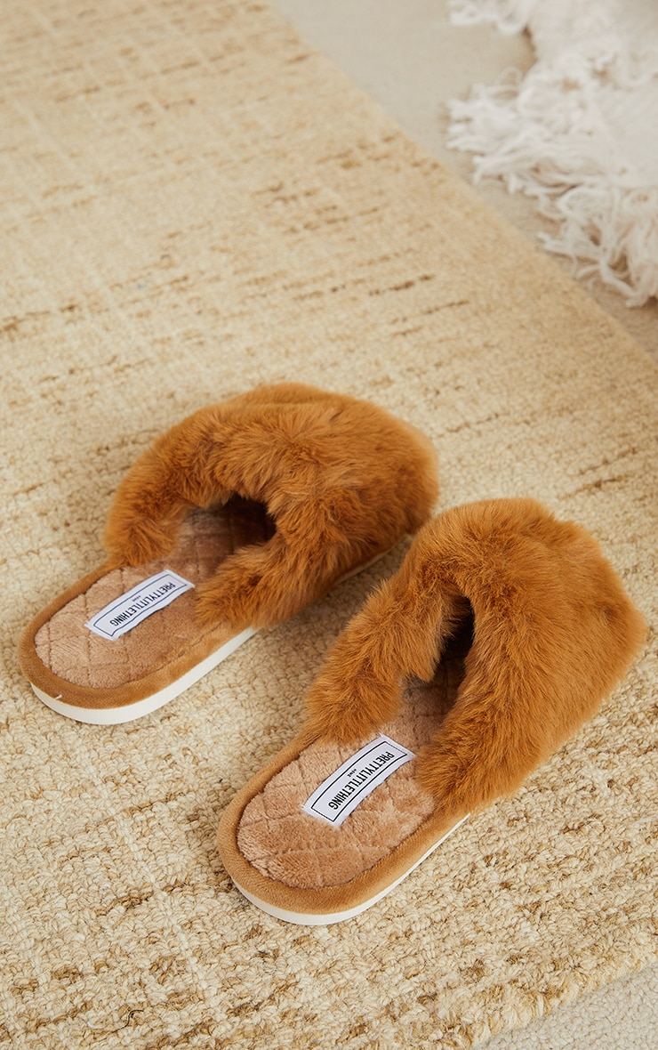 PRETTYLITTLETHING Home Tan Fluffy One Strap Quilted Sole Slippers 4