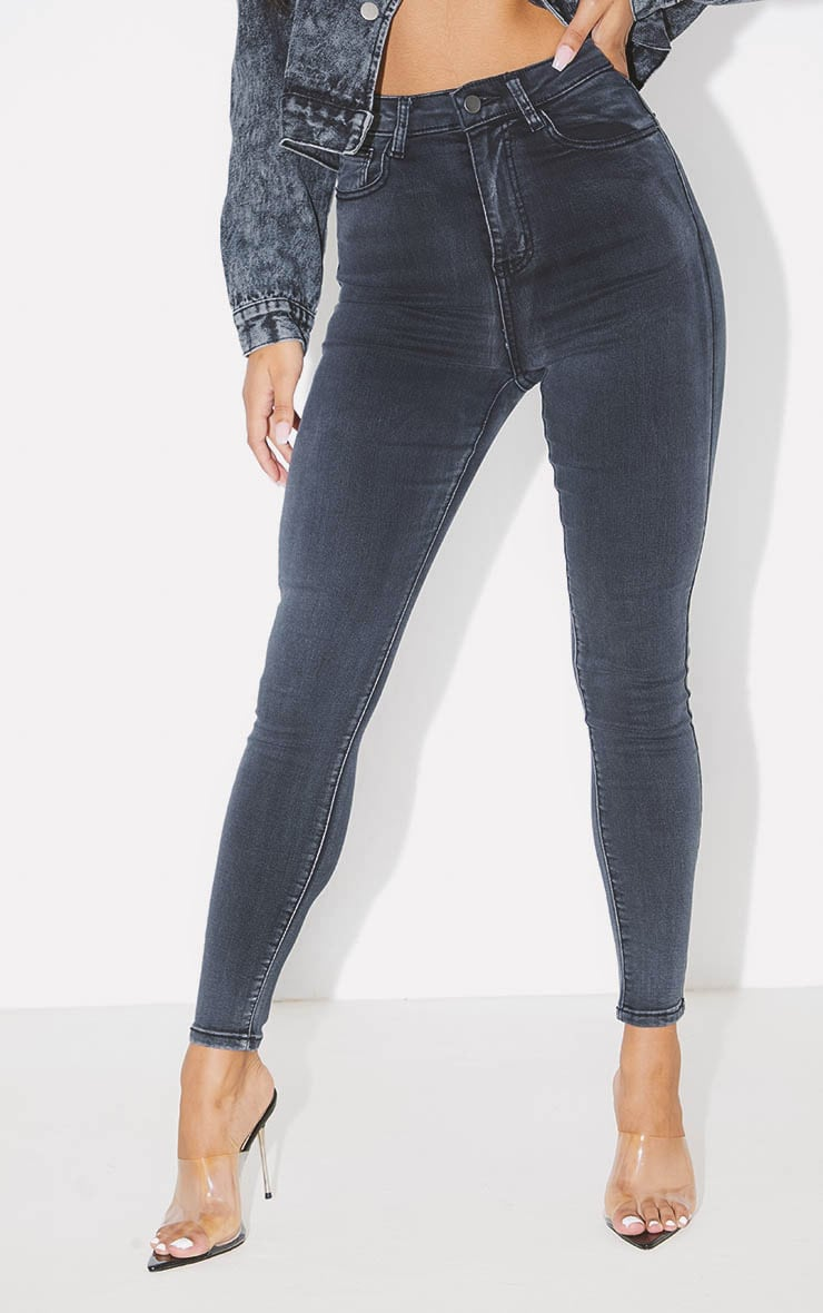 PRETTYLITTLETHING Washed Black 5 Pocket Skinny Jean  2