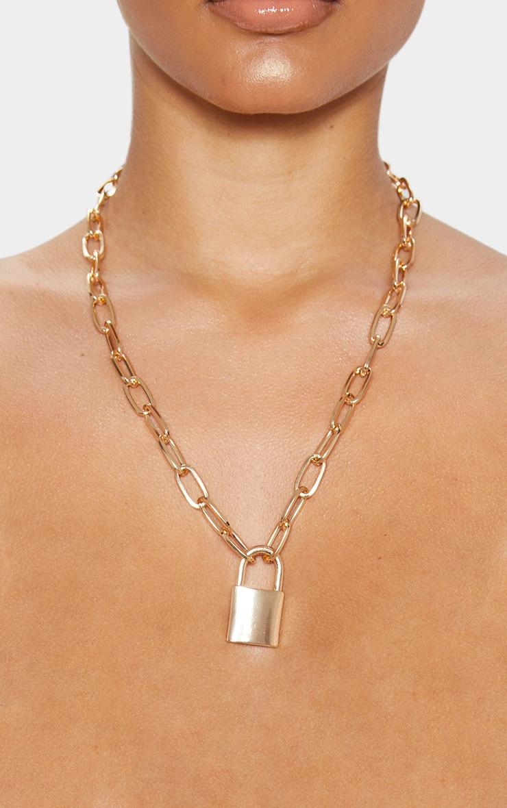 Collier chunky doré à pendentif cadenas 2