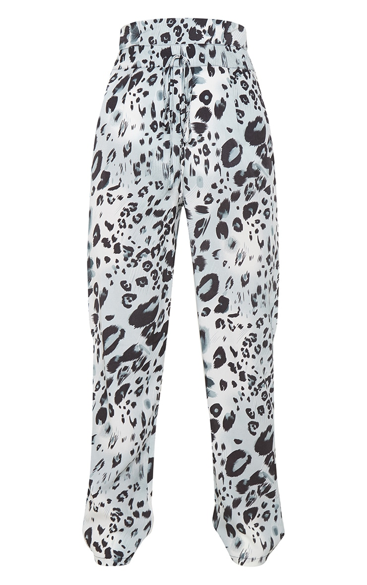 Leopard Print Paperbag Waist Tapered Leg Pants 3