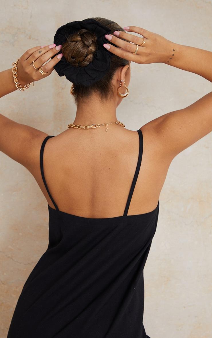 Black Linen Feel Scrunchie 1